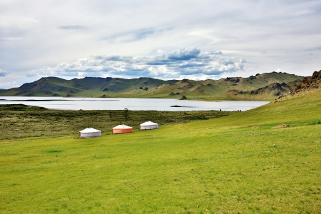 lake dwelling: Yurt settlements, Terkhiin Tsagaan Lake, central mongolia Stock Photo