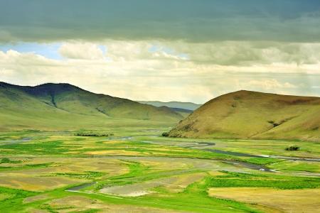 オルホン渓谷、カラコルム、モンゴルのビュー。空の谷がこの場所の 13 世紀のモンゴル帝国の首都のだった。チンギス ハーンの使用ここで基づく軍