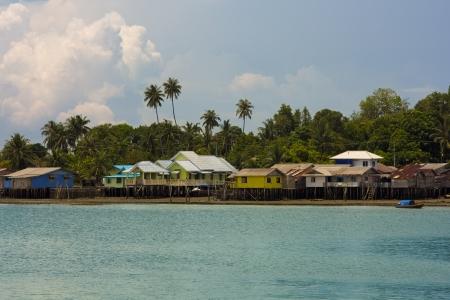 ペニェンガット島、インドネシアにおける木造住宅