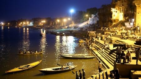 benares: VARANASI, INDIA - MAY 2013: Everyday scene by Ganges River