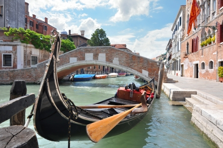 Gondola on a beautiful canal in Venice, Italy Stock Photo - 17327069