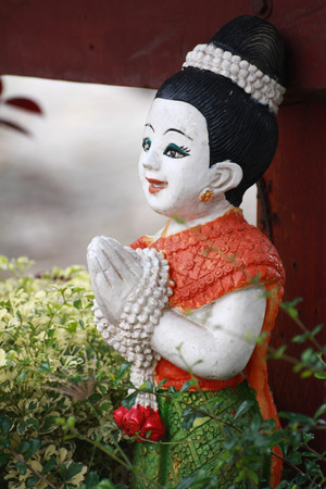 This siam sculpture saluting the visitor 版權商用圖片