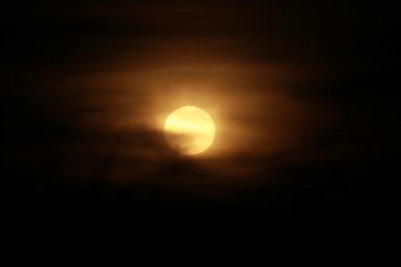 It is the rising moon in phenomenon of full moon on 9th september 2014.