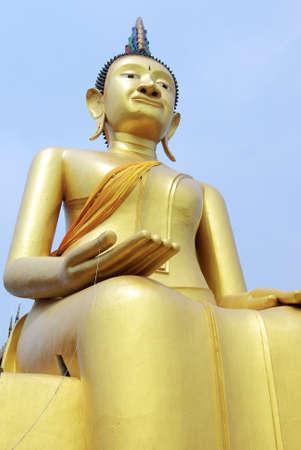 angthong: Seated Buddha, Wat Siroi, Angthong, Thailand