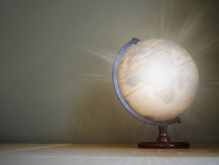 antiquity: Light effect on spinning globe model