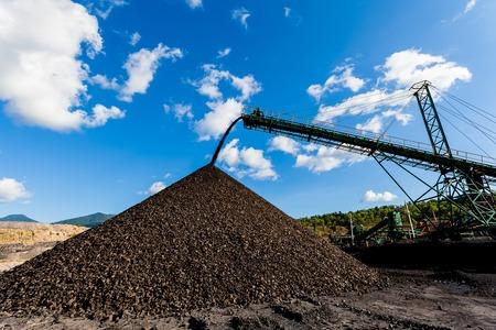 Kolenmijn - Elektriciteit - Bruinkool Kolen - Kolenmijn industrie in Thailand