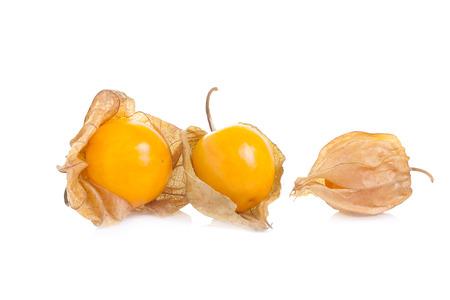 gooseberry: uchuva en el fondo blanco Foto de archivo