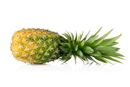 Ananas geïsoleerd op witte achtergrond Stockfoto