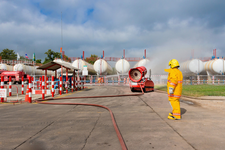 remote controlled: Wireless remote controlled mobile firefighting supporting machine
