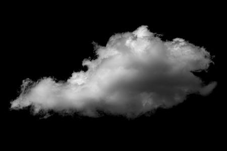 Nube blanca aislada sobre una nube realista de fondo negro.