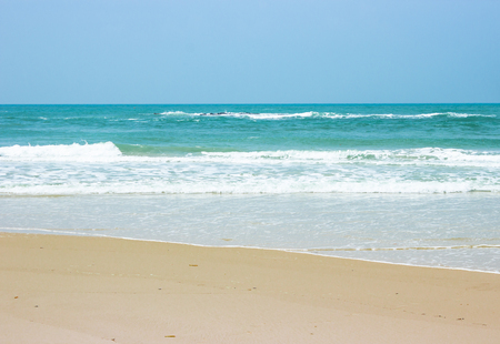 paradise bay: Beautiful white sand beach, the tropical sea . Summer view of nature