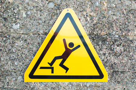 Warning sign: risk of falling