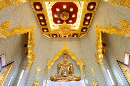 BANGKOK, THAILAND - JULY 2rd :The most highest intrinsic value gold Buddha which weight estimated around 5 12 tonnes or around $ 21.1 million at Trimitr temple on July 2,2012 in Bangkok, Thailand