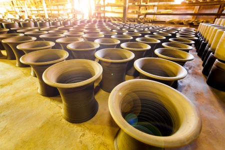 NONTHABURI,THAILAND-MARCH 13: The beautiful pottery store indoor and waiting for burn in tunnel with ancient Thai style at the famous pottery place at Pakkret on March 13,2013 in Nonthaburi,Thailand