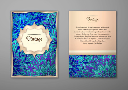 motif floral: Vintage cards with Floral mandala pattern and ornaments.