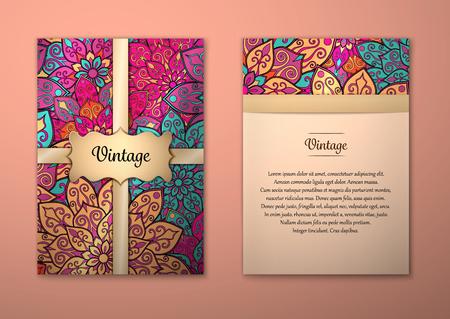 Vintage kaarten met bloemen mandala patroon en ornamenten. Vector Flyer oosterse ontwerp lay-out sjabloon, formaat A5. Islam, Arabisch, Indiaas, Ottomaanse motieven. Voorpagina en achterpagina. Gemakkelijk te gebruiken en te bewerken. Stock Illustratie