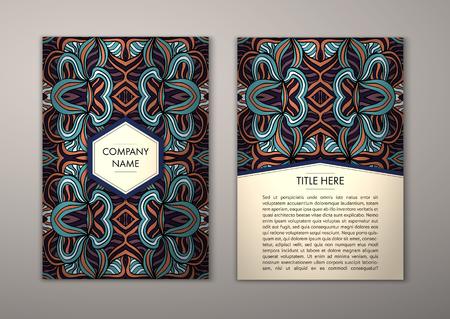 Flyer Vorlage mit abstrakten Ornament-Muster. Vektor-Grußkartenentwurf. Vorderseite und Rückseite.