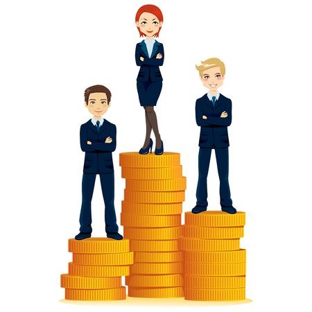 Succesvolle zakenvrouw staan op de top van gouden munten stapel podium met twee zakenlieden partners