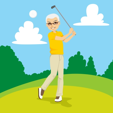 Senior golfspelare man slår golfboll på kurs