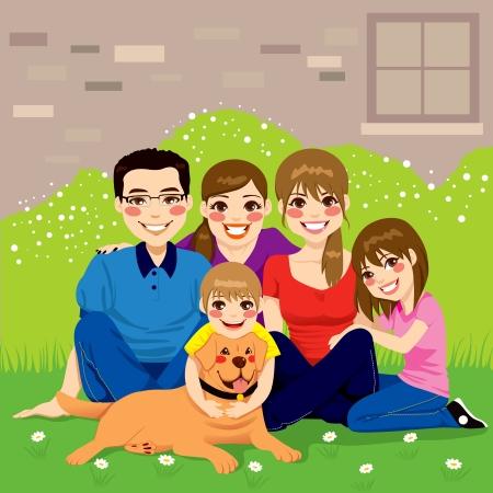 familias felices: Dulce familia feliz posando juntos sentados en el patio trasero con su perro golden retriever