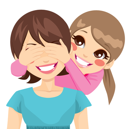 Pequeña hija sonriente que cubre su madre feliz ojos