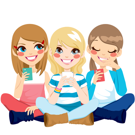 Muchachas lindas que se sienta en el suelo usando sus teléfonos inteligentes sonriendo feliz