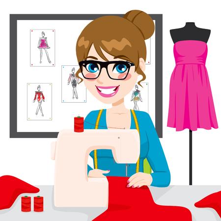 máquina de coser: Hermosa mujer joven modista diseñadora de moda que usa la máquina de coser para coser un traje rojo en su atelier Vectores
