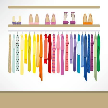 ropa casual: Fondo tienda de moda con la ropa en perchas, camisas, vestidos y zapatos