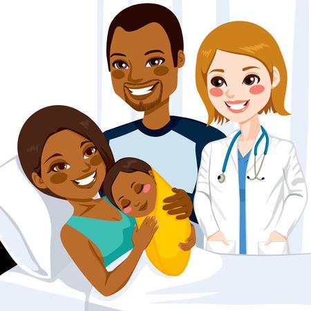 hospital dibujo animado: Hermosa mamá afroamericana joven tumbado en la cama del hospital que abraza a su bebé recién nacido visitado por mujer médico y el padre