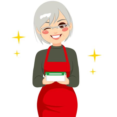 clin d oeil: Grand-m�re heureux holding r�cipient de nourriture avec les restes de la nourriture faite maison et de faire un clin d'oeil