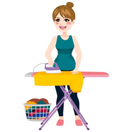 Full body illustratie van jonge mooie vrouw strijken gele overhemd op strijkplank Stock Illustratie