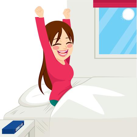 despertarse: Hermosa morena mujer feliz despertar en el nuevo día de sol