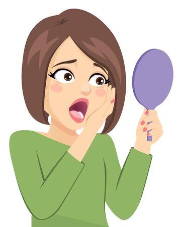 Donna di mezza età triste per le rughe intorno agli occhi che guardano sullo specchietto tascabile Vettoriali
