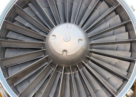 jet engine photo