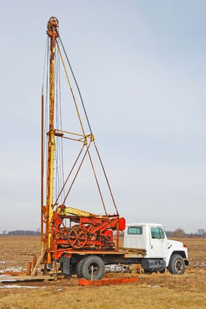 boring rig: well drilling rig
