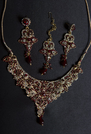 Beautiful Oriental Gold Jewelry Indian Arab African Egyptian