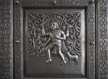 God Bhairav stamping in Karni mata Temple (rat temple) in Rajasthan, Deshnok village.Statues of Hindu Gods and Goddess in Rajasthan. Kal Bhairav Murthy in hindu Mandir. Temple door 版權商用圖片