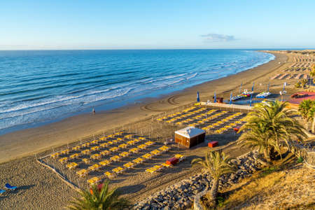 gran canaria: View over the beach of Playa del Ingles on Gran Canaria in Spain at sunrise Stock Photo