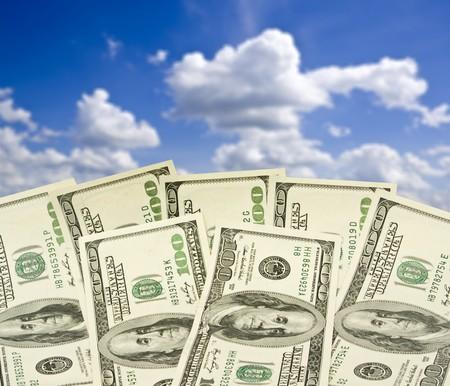 letra de cambio: gran mont�n de dinero. pila de d�lares americanos  Foto de archivo