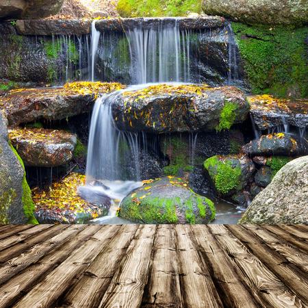 waterfallt 배경에 룸 인테리어에 나무 질감 배경 스톡 콘텐츠