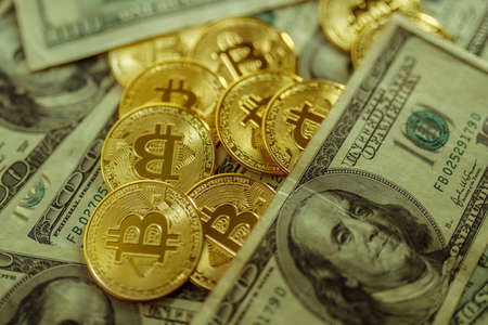 Bitcoin and dollars. The new currency of the future. Standard-Bild