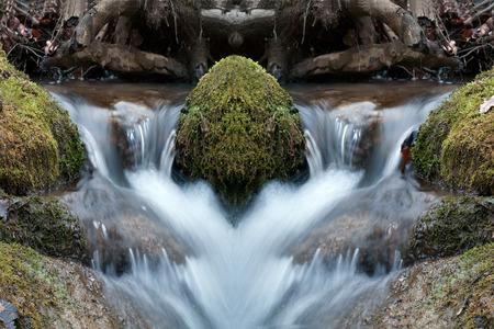 ruscello di montagna, la simmetria, specchio