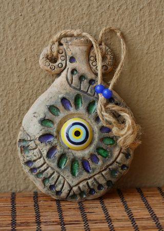 talism: Talism�n oriental tradicional en forma de �nforas antiguas