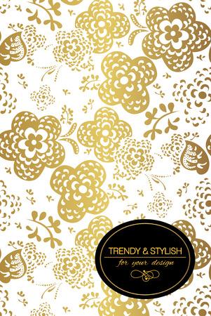 Elegante bloemen kaart met kant versiering en plaats voor tekst. Florale elementen op de gouden achtergrond. Vector illustratie. Stock Illustratie