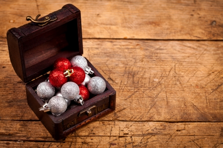tresure: Tresure chest with Christmas decorations on wooden table
