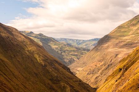 nariz: Paseo del tren Diablos Nariz, Nariz Del Diablo, Ecuador, América del Sur, el ferrocarril más difícil del mundo