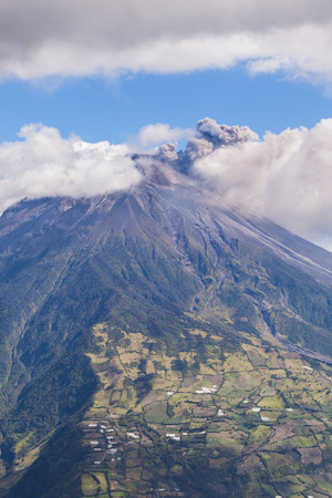 tungurahua: Powerful Day Explosion Of Tungurahua, Throat Of Fire, Ecuador, South America Stock Photo