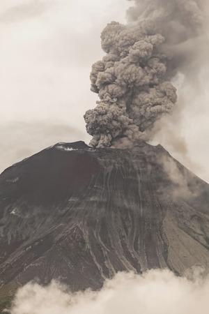 vulcanology: Tungurahua Volcano Eruption, South America Stock Photo