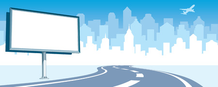 Billboard vide à la route, la silhouette de la qualité en arrière-plan.