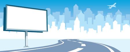 Lege billboard op de weg, cityscape silhouet in de achtergrond.